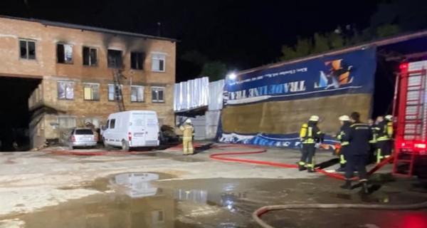В Киеве ночью горел хостел, есть погибший и пострадавшие