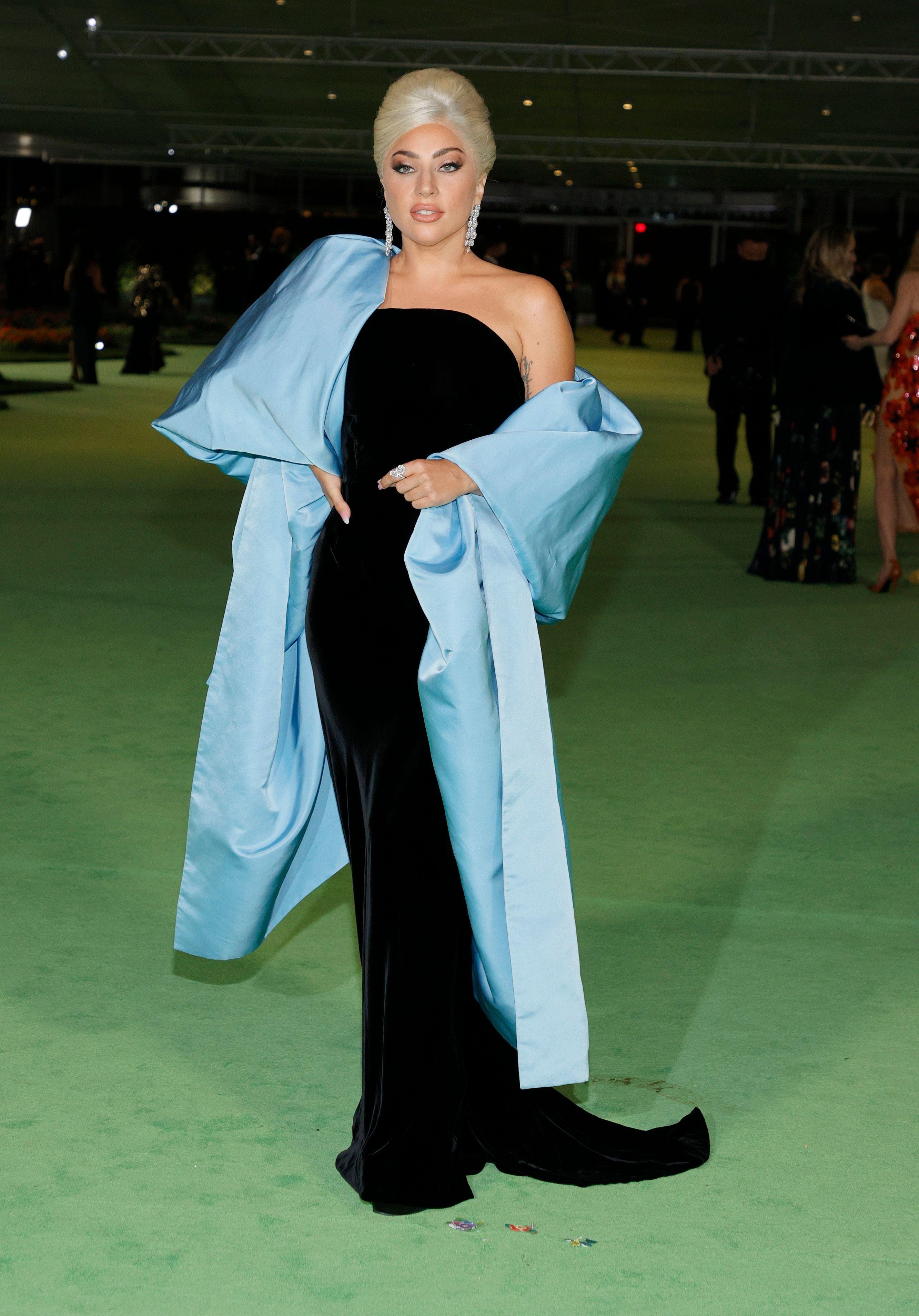 Леди Гага в Schiaparelli.
